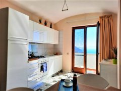 Balcony_with_terrace_and_sea_view.jpg